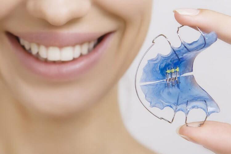зубні пластинки