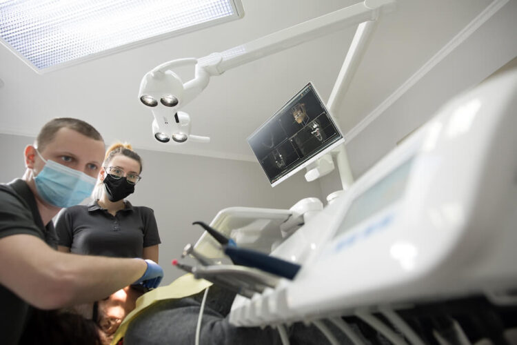 стоматология на Виноградаре